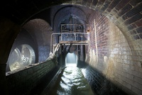 Penstock controlled overflow chamber (Hulme Flume's Little Brother)